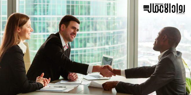 إدارة علاقات العملاء واستراتيجية التواصل