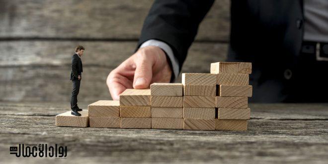 رواد أعمال نجحوا عن طريق مواقع التواصل.. هل لديك الاستعداد؟