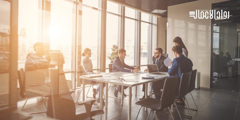 التواصل في مكان العمل.. هل تناسب كلماتك ثقافة الشركة؟