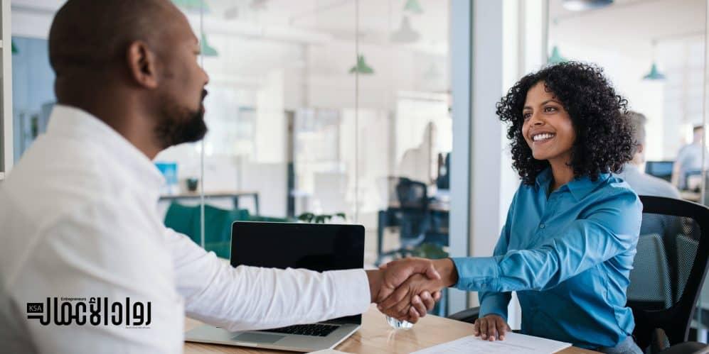 كيف تكون مقنعًا في مقابلة التوظيف؟.. استراتيجية القبول المضمونة