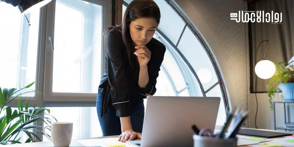 3 أسباب تدفع المرأة للبدء في الاستثمار اليوم